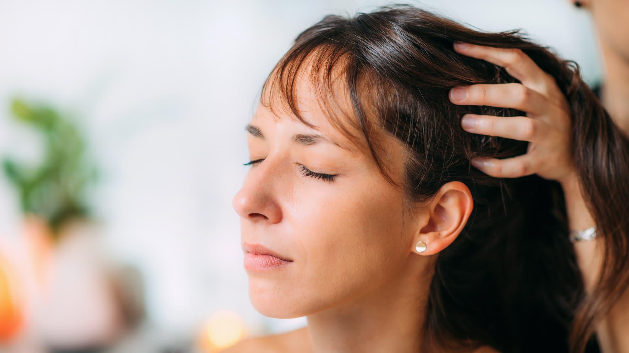 bienfaits de l'huile de cbd sur les cheveux